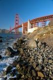 A ponte de porta dourada no por do sol de San Francisco Foto de Stock Royalty Free