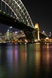 Ponte de porto de Sydney na noite imagem de stock royalty free