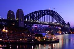 Ponte de porto de Sydney no alvorecer. Fotos de Stock Royalty Free