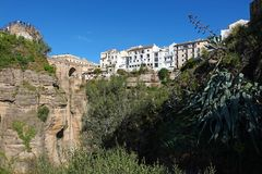 Ponte de Puente Nuevo em Ronda na Andaluzia, Espanha foto de stock