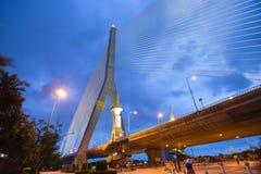 Ponte de Rama VIII na noite fotos de stock royalty free