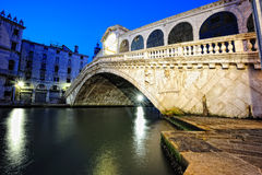 Ponte de Rialto em Veneza Fotos de Stock Royalty Free