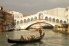 Ponte de Rialto em Veneza Fotografia de Stock