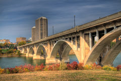 Ponte de Saskatoon Broadway imagem de stock royalty free