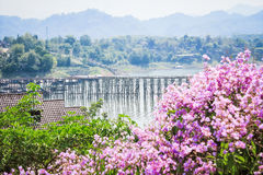 Ponte de segunda-feira, Sangkhlaburi, Kanchanaburi, Tailândia fotografia de stock