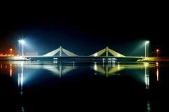 Ponte de Sheikh Salman Causeway imagem de stock royalty free