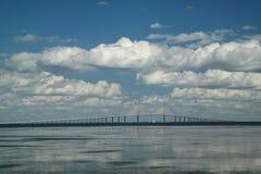 Ponte de Skyway da luz do sol Imagem de Stock Royalty Free