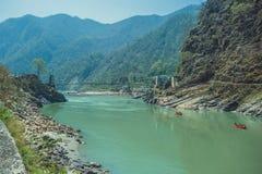 Ponte de suspensão através do Ganges foto de stock