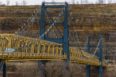 Ponte de suspensão da rua do mercado - o Rio Ohio - Steubenville, Ohio e West Virginia Fotografia de Stock