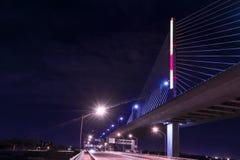 Ponte de vidro de Skyway da cidade dos veteranos imagens de stock