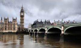 Ponte de Westminster com o Ben grande em Londres Fotografia de Stock