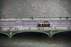 Ponte de Westminster sobre o rio Tamisa em Londres Inglaterra fotografia de stock royalty free