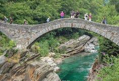 Ponte dei Salti - Val Verzasca 免版税图库摄影