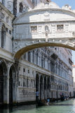 Ponte dei Sospiri en Venezia Royaltyfri Fotografi