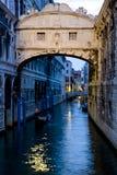Ponte deiSospiri bro av Sighs Venedig Italien Arkivbilder