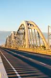 Ponte del metallo per le automobili ed i treni Immagine Stock Libera da Diritti