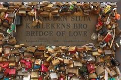 Ponte del paddlock di amore Fotografie Stock Libere da Diritti