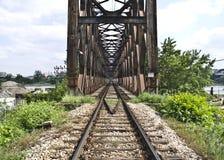 Ponte del treno a Belgrado Fotografie Stock Libere da Diritti