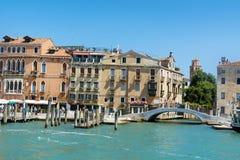 Ponte del Vin bro i Venedig, Italien Arkivfoto