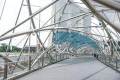 Ponte dell'elica, uno dei punti di riferimento a Singapore immagini stock libere da diritti