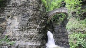 Ponte dell'entrata alla valletta di Watkins video d archivio