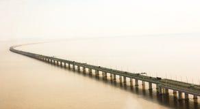 Ponte della baia del ` s Hangzhou della Cina Fotografie Stock Libere da Diritti