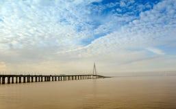 Ponte della baia del ` s Hangzhou della Cina immagini stock libere da diritti