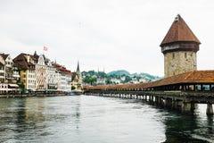Ponte della cappella a Lucerna fotografie stock