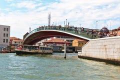 Ponte-della Costituzione über Grand Canal Venedig, Italien Stockbild