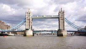 Ponte della torre di Londra Immagine Stock