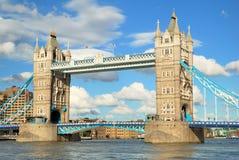 Ponte della torre di Londra nella vista alta del dettaglio di fine Immagini Stock Libere da Diritti