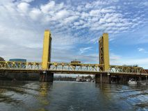 Ponte della torre di Sacramento Immagini Stock