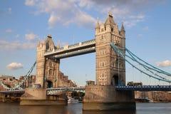 Ponte della torre ed il Tamigi, Londra, Regno Unito Fotografia Stock Libera da Diritti