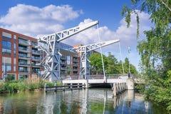Ponte Den Ophef del museo al porto di Pius, progettato da John Körmeling, Tilburg, Paesi Bassi Fotografia Stock Libera da Diritti