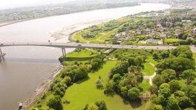 Ponte Derry Northern Ireland de Foyle video estoque