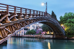 Ponte di Accademia su Grand Canal a Venezia fotografie stock libere da diritti