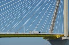 Ponte di antirio di Rio - ponte strallato - camion Fotografia Stock