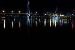 Ponte di ANZ durante la notte immagini stock