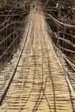 Ponte di bambù del tessuto del tunnel immagini stock