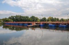 Ponte di barche fotografia stock