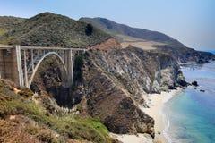 Ponte di Bixby, Big Sur, California, U.S.A. Immagine Stock