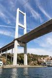 Ponte di Bosforo che collega Europa e l'Asia, Costantinopoli, Turchia fotografie stock libere da diritti