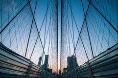 Ponte di Brooklyn al crepuscolo Immagine Stock