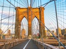 Ponte di Brooklyn al tramonto Immagine Stock
