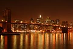 Ponte di Brooklyn alla notte Fotografie Stock Libere da Diritti