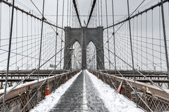 Ponte di Brooklyn, bufera di neve - New York Fotografie Stock