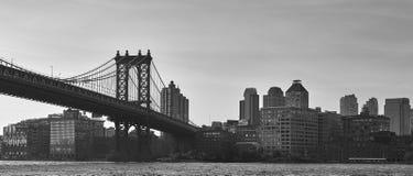Ponte di Brooklyn in BW fotografie stock libere da diritti