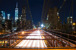 Ponte di Brooklyn di notte Immagini Stock