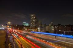 Ponte di Brooklyn e con le tracce di traffico Fotografie Stock