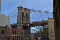 Ponte di Brooklyn e della vista su Manhattan Fotografia Stock
